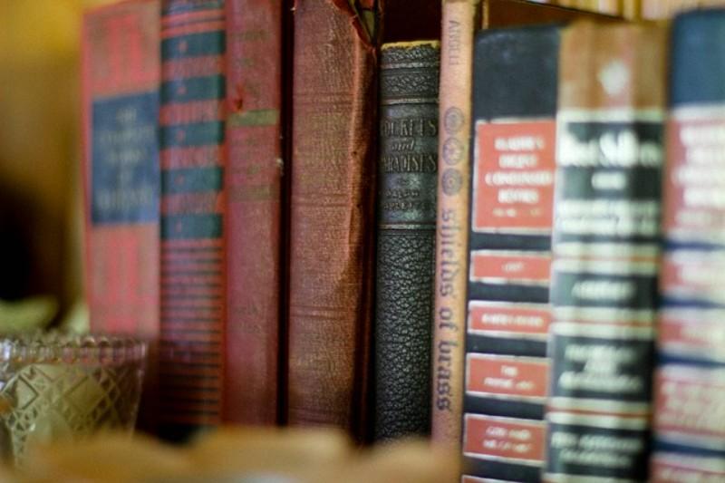 Grandi occasioni tra i libri scontati. Per leggere bene, spendendo meno