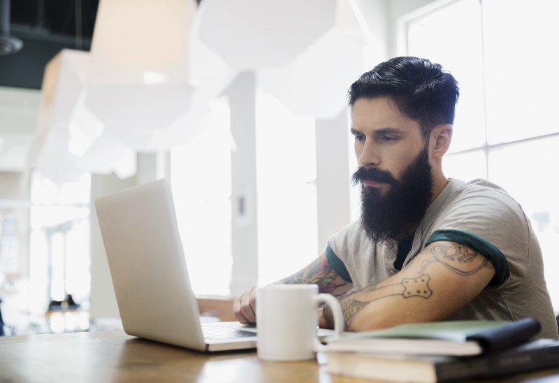 Costruisci la tua reputazione online