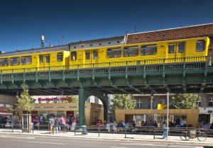 Currywurst e metro di superficie: due simboli di Berlino