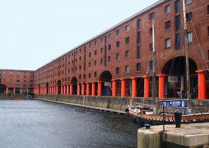 La Tate di Liverpool con il suo spettacolare waterfront