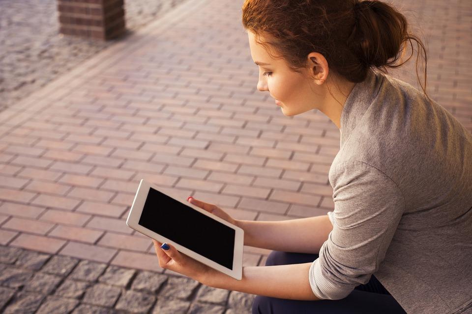 Connettersi senza limiti grazie alle reti pubbliche WiFi