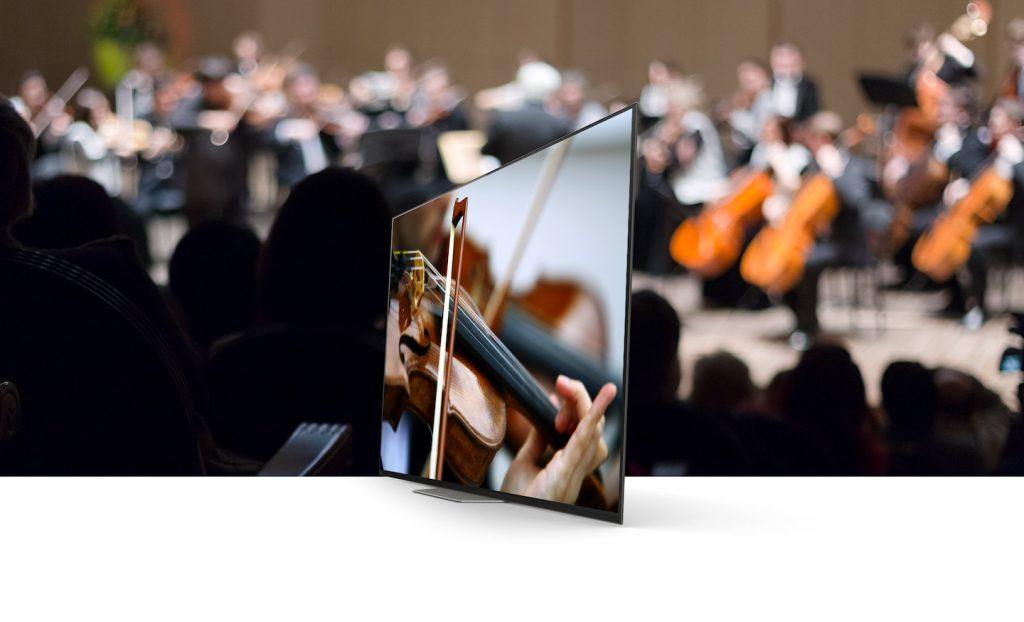 Sony AF8. A differenza della maggior parte degli speaker TV, il suono proviene da tutto lo schermo
