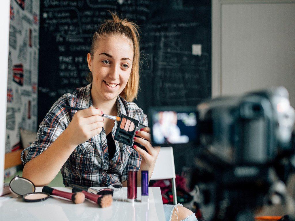 Per iniziare a fare video blogging, serve l'attrezzatura giusta